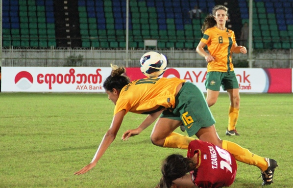 AFF WOMEN'S: Australia in Semis-Finals