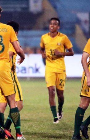 AFF VIETCOMBANK U19: Australia deny hosts Vietnam for place in final