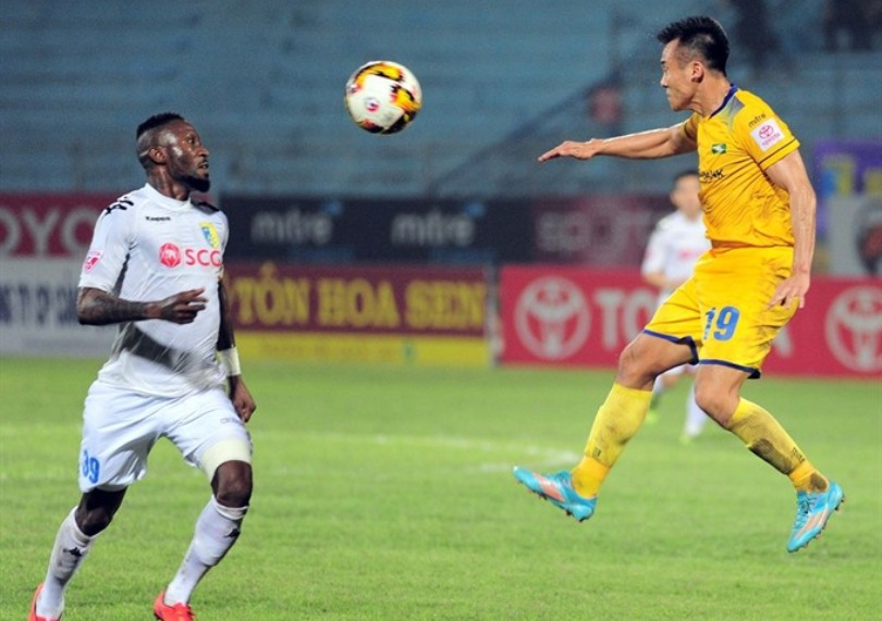 Hanoi take lead after win over SLNA - AFF - The Official ...