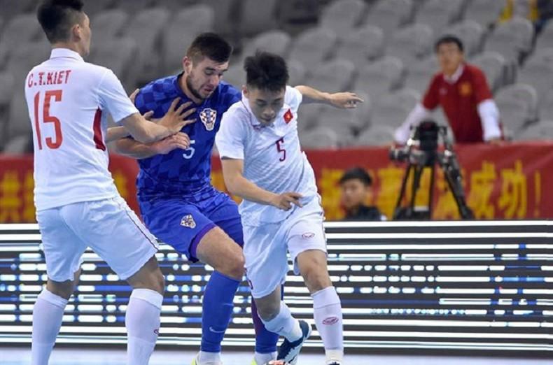 Vietnam aim for final spot at AFF Futsal meet