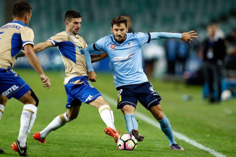 Football continues to dominate Australian club spo…